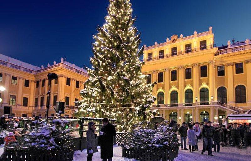 Weihnachtsmarkt_Schönbrunn